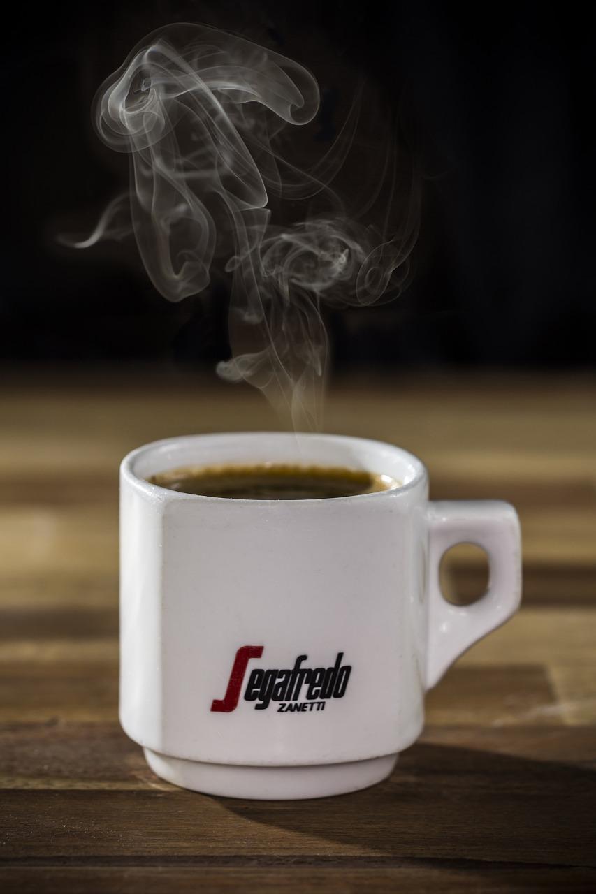 半自動咖啡機會給人們帶來什麼樣的感受?